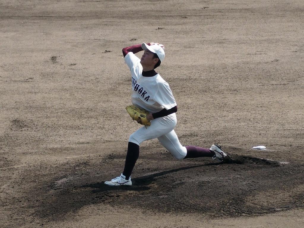 福岡大先発・村上幸人投手(1年・九産大九州)