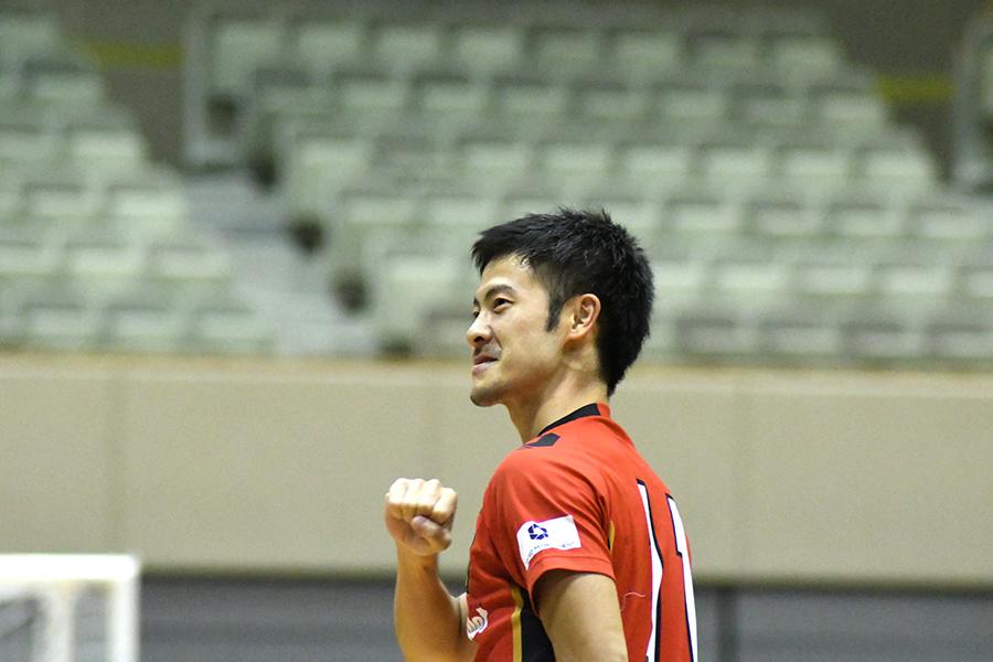 ハットトリックを達成した小林謙太選手(ボルクバレット北九州)
